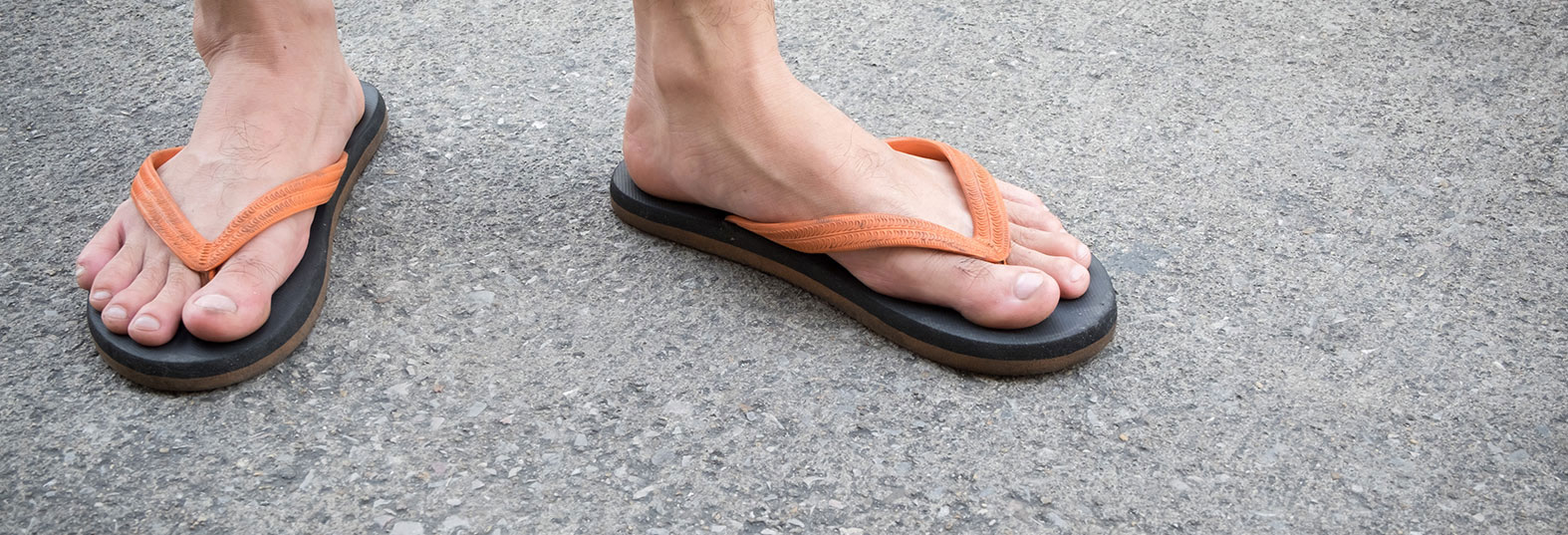 6f0b992b1a47 Why flip-flops are not great for your feet either