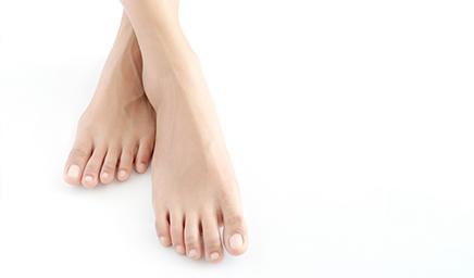 kann man breite füsse irgendwie schmaler kriegen? (Frauen