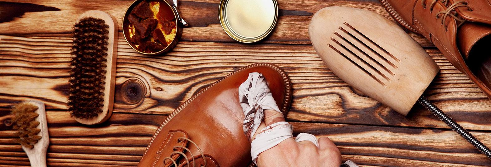 ca8f38cbae2e4a Ein Sioux-Schuh bleibt schon aufgrund seiner hohen Qualität ein treuer  Begleiter. Aber auch beste Materialien benötigen Pflege